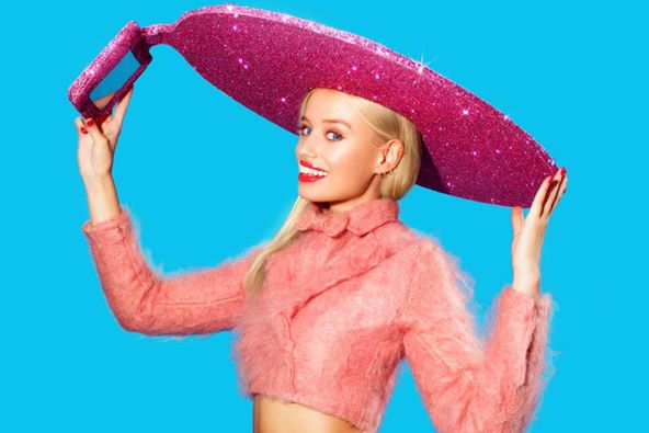 The Future Of Fashion Is The Selfie Hat