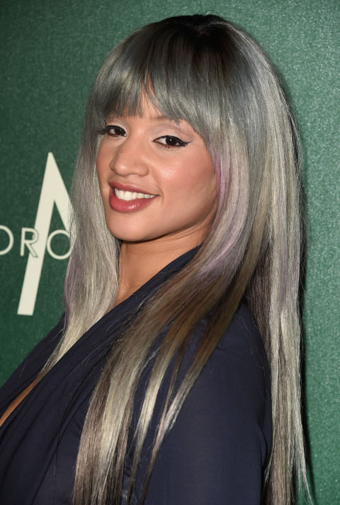 dascha-polanco-gray-silver-hair-1