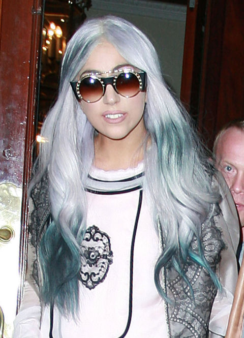 lady-gaga-gray-silver-hair-1