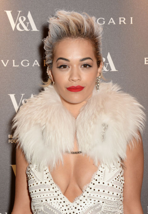rita-ora-gray-silver-hair