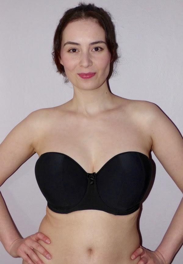 4 Tips on How to Choose the Right Bra