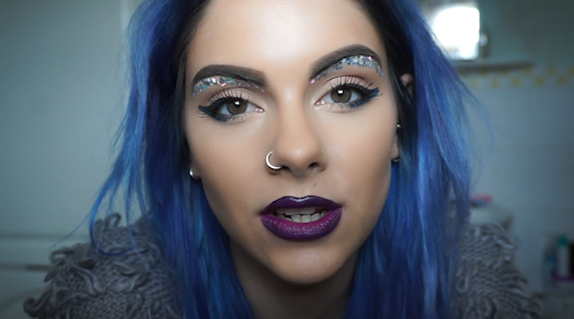 Sophie Hannah Richardson: How To Achieve The Glitter Underbrow Look